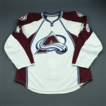 Clarke, Matt<br>White Set 1 - Game-Issued (GI)<br>Colorado Avalanche 2009-10<br>#46 Size: 56