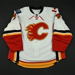 Carpentier, Hugo<br>White Set 1 - Game-Issued (GI) (RBK Version 2.0)<br>Calgary Flames 2008-09<br>#74 Size: 58