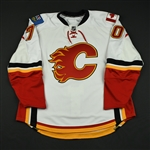 Jonsson, Per<br>White Set 1 - Game-Issued (GI) (RBK Version 1.0)<br>Calgary Flames 2008-09<br>#70 Size: 58