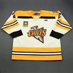 Schulz, David<br>White Set 1<br>Johnstown Chiefs 2009-10<br>#2 Size: 58