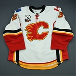 Nystrom, Eric<br>White Set 2<br>Calgary Flames 2009-10<br>#23 Size: 56