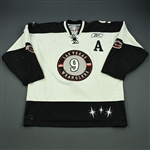 Madill, Mike<br>White Set 1 w/A<br>Las Vegas Wranglers 2009-10<br>#9 Size: 56