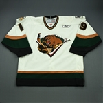 Pavli, Mark<br>White Set 1<br>Utah Grizzlies 2009-10<br>#19 Size: 56