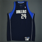 Podkolzin, Pavel<br>Navy Preseason<br>Dallas Mavericks 2005-06<br>#24 Size: 56+4