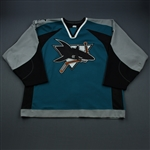 Stuart, Brad * <br>Teal Set 2 w/ Tenth Anniversary Patch<br>San Jose Sharks 2000-01<br>#7 Size: 56