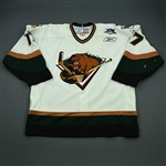 Pitton, Jason<br>White Set 1<br>Utah Grizzlies 2007-08<br>#17 Size: 58