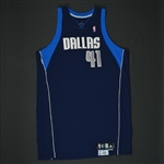 Nowitzki, Dirk * <br>Navy Set 1  - Worn in 19 Games - Photo-Matched to 5 Games<br>Dallas Mavericks 2008-09<br>#41 Size: 54+4