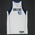 Nowitzki, Dirk * <br>White Set 1 - Worn in 24 games - Photo-Matched to 9 Games<br>Dallas Mavericks 2008-09<br>#41 Size: 54+4
