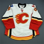 Glencross, Curtis<br>White Set 2<br>Calgary Flames 2010-11<br>#20 Size: 56