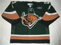 Carroll, Marcus<br>Green Set 1<br>Utah Grizzlies 2010-11<br>#8 Size: 54