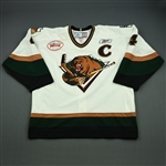 Gannon, Jake<br>White Set 1 w/C  w/ Inaugural Season at Maverik Center Patch<br>Utah Grizzlies 2010-11<br>#4 Size:56
