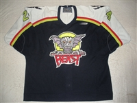 Washburn, Steve * <br>Navy<br>Beast of New Haven 1997-98<br>#24 Size: 54