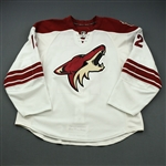 Bissonnette, Paul * <br>White - Stanley Cup Playoffs and 2010-11 Set 1<br>Phoenix Coyotes 2009-10<br>#12 Size: 58