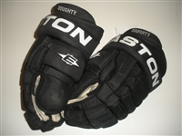 Doughty, Drew * <br>Easton Pro Gloves,<br>Los Angeles Kings 2009-10<br>#8