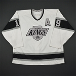 Robinson, Larry * <br>White w/A<br>Los Angeles Kings 1990-91<br>#19 Size: 54