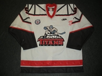 Taylor, Justin<br>White Set 1 (A removed)<br>Trenton Titans 2012-13<br>#9 Size: 54