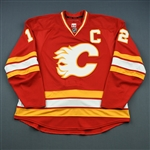 Iginla, Jarome *<br>Retro Third Set 1 (RBK 1.0)  - Photo-Matched to 4/6/11 vs. Edmonton - Iginla registers a Hat Trick<br>Calgary Flames 2010-11<br>#12 Size: 58