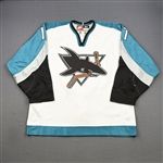Murphy, Joe *<br>White<br>San Jose Sharks 1998-99<br>#17 Size: 54