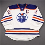 Ference, Andrew *<br>White Retro Set 3 w/C - Photo-Matched<br>Edmonton Oilers 2013-14<br>#21 Size: 56
