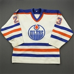 Habscheid, Marc *<br>White w/Universiade 83 Patch<br>Edmonton Oilers 1982-83<br>#23 Size: M