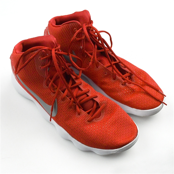 "Markkanen, Lauri<br>Nike Hyperdunk 2017 TB ""University Red"" - 4 Games (Jan. 2-11, 2020)<br>Chicago Bulls 2019-20"